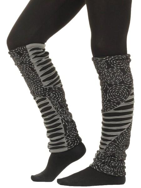 Auffällige Beinstulpen aus Jersey und Fleece mit Muster LW31